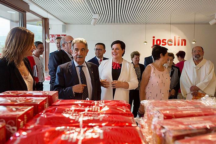 Revilla y Oria asisten a la inauguración de nuestra nueva sede